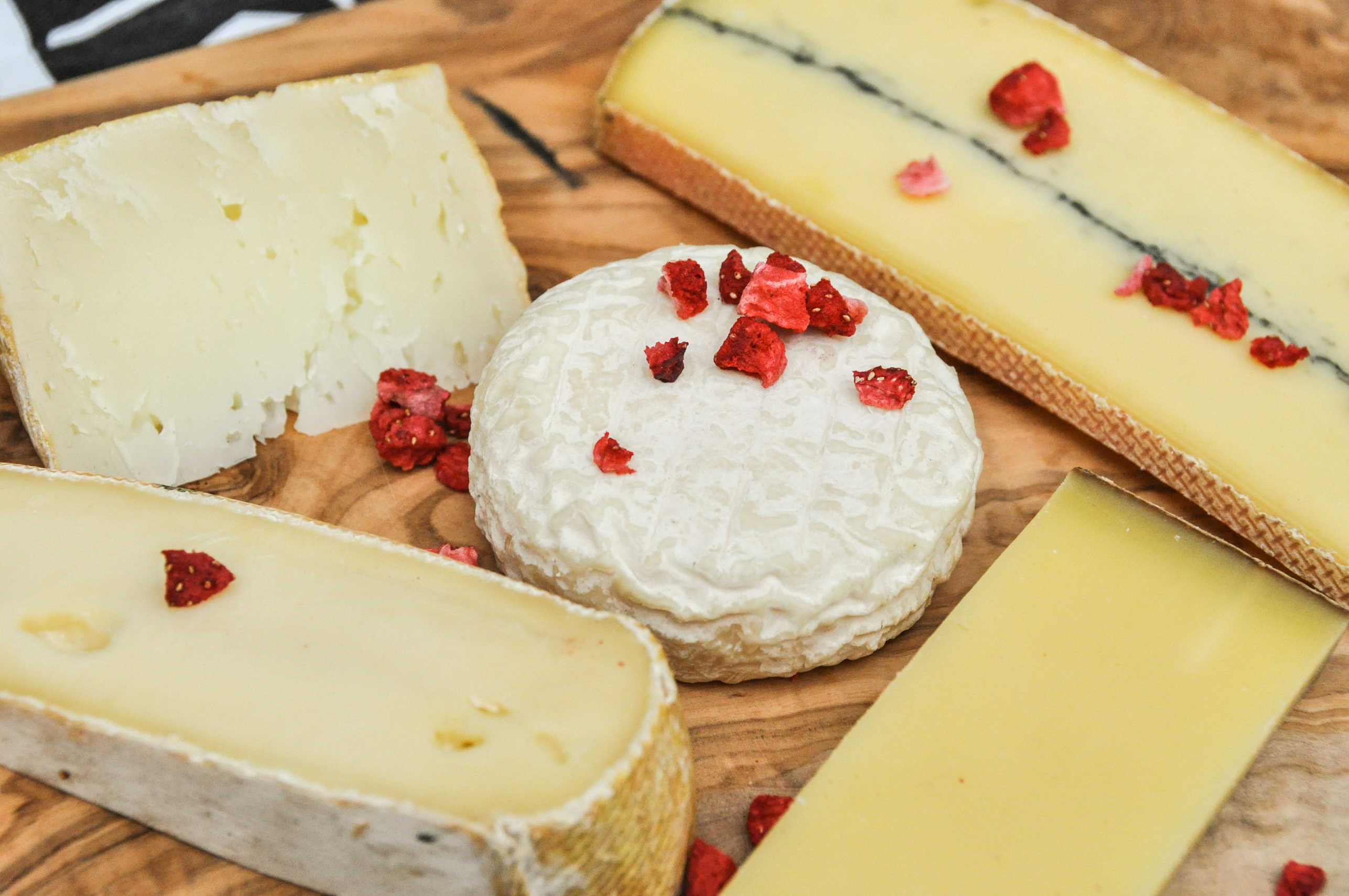 cheese board ideas how to buy the best cheeses for your board